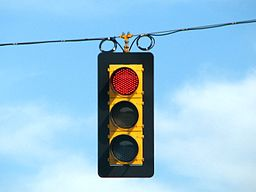 broken traffic light causing accident in Florida - Viles and Beckman